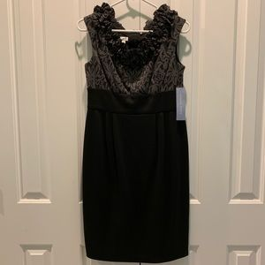 London Times. Black & Gray Dress. Sleeveless. 8
